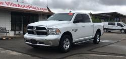 2020 RAM 1500 SLT Crew Cab 4WD Classic only 4k miles